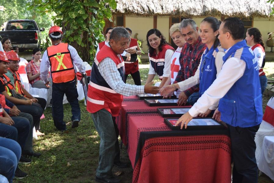 Entrega del Premio Nacional de Protección Civil 2019 a brigadistas comunitarios de Jonuta, Tabasco